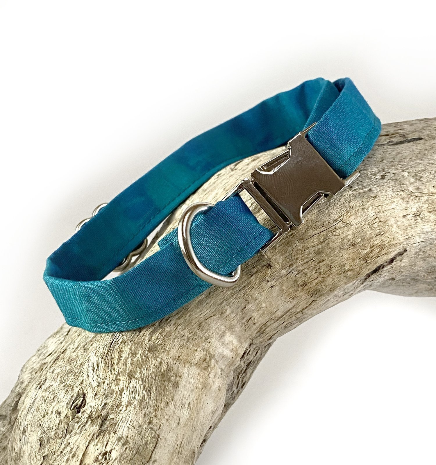 Dog Collar for dogs or cats in tie dye material